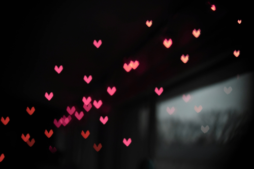 Heartselement5-digital-538866-unsplash